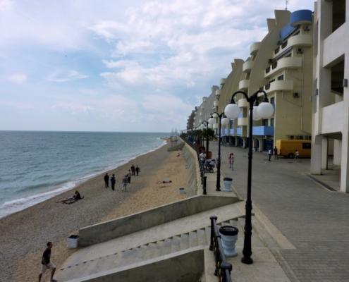 Пляж в Кача